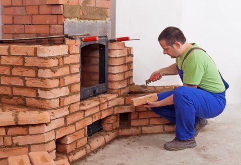 Pourquoi faire appel à un professionnel pour installer sa cheminée ?